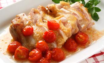 プチトマトで!鶏もも肉のマリネソースかけ
