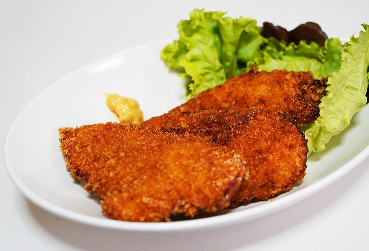 ⦅動画⦆赤鶏うす切りむね肉のタレカツ