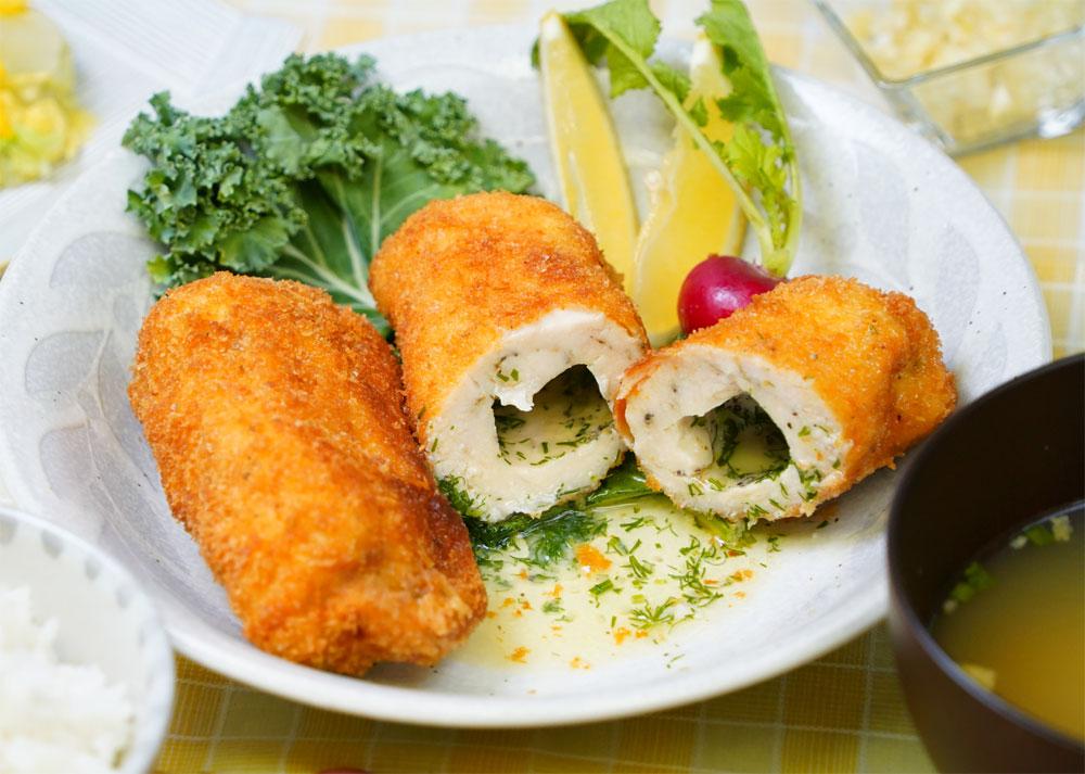 ⦅動画⦆赤鶏むね肉のチキンキエフ