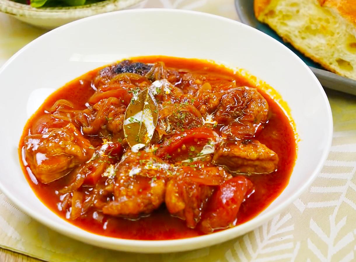 ⦅動画⦆ガラスープで作る 赤鶏もも肉の赤ワイン煮